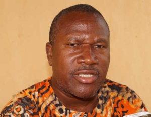 Togo, Mobilisation autour des réformes : Le très éhonté Sylvain Dagban du CAR débite encore des âneries propres à son parti. Hmm.