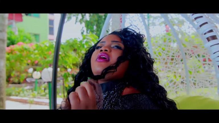 «Odeka malo», le 1er album de l'artiste togolaise «Nia» bientôt disponible