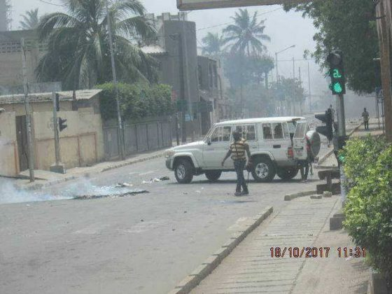 Togo, Manifestations de la Résistance, jour 1 : Faure Gnassingbé lâche ses miliciens tueurs sur les villes. Au moins 2 morts déjà dont un enfant de 11 ans. De nombreux blessés.
