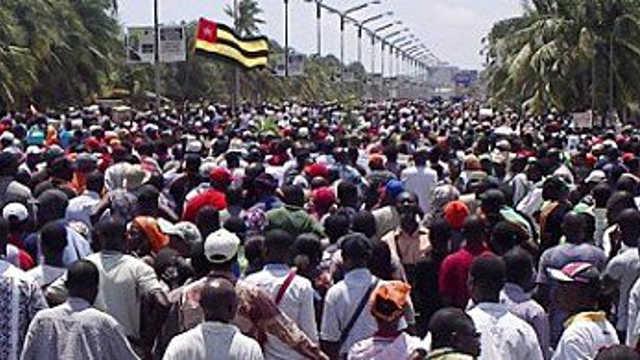 Fenêtre Sur l'Afrique du 30 /09/2017 : Le régime Faure Gnassingbé s'obstine contre la volonté du peuple