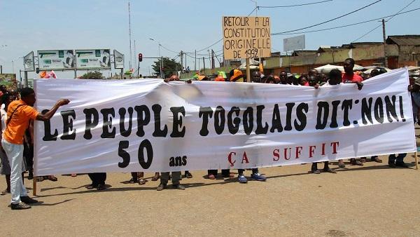 De nouvelles manifestations pour dire « non » à la dictature Gnassingbé                                                                             13 novembre 2017
