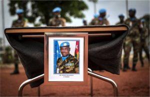Honneurs militaires de la MINUSMA et du Mali au Capitaine togolais Massamaesso Tangoua