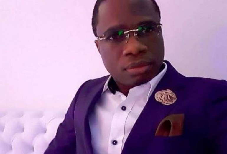 Moutité chante la «Paix» à travers son clip «Woezon va Togo»