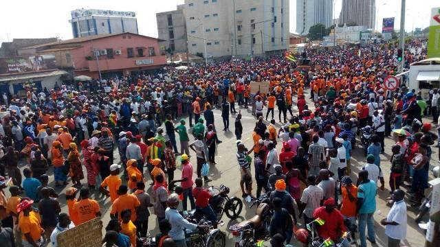 Togo, la mobilisation ne faiblit pas : Les Togolais debout pour mettre fin au régime de dictature