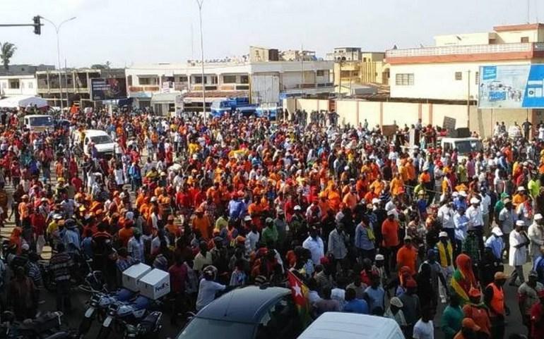 15 000 personnes ont manifesté ce mercredi selon le ministre Yark