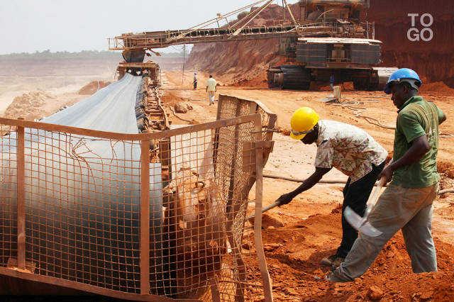 Togo, Annonce de grèves tous azimuts : Cessation de travail dans l'enseignement. Menace de grève de la STT. Deux semaines de grève à la SNPT…