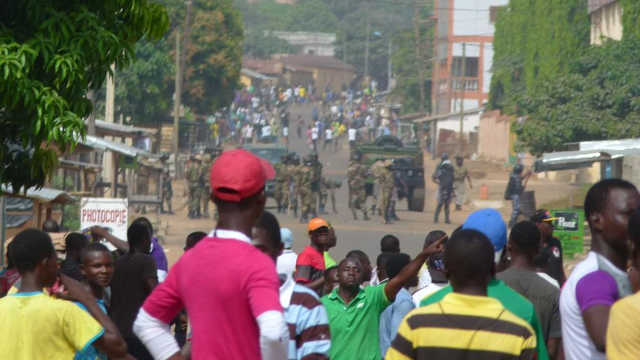 Au Togo, les militaires tirent à balles réelles sur des manifestants !