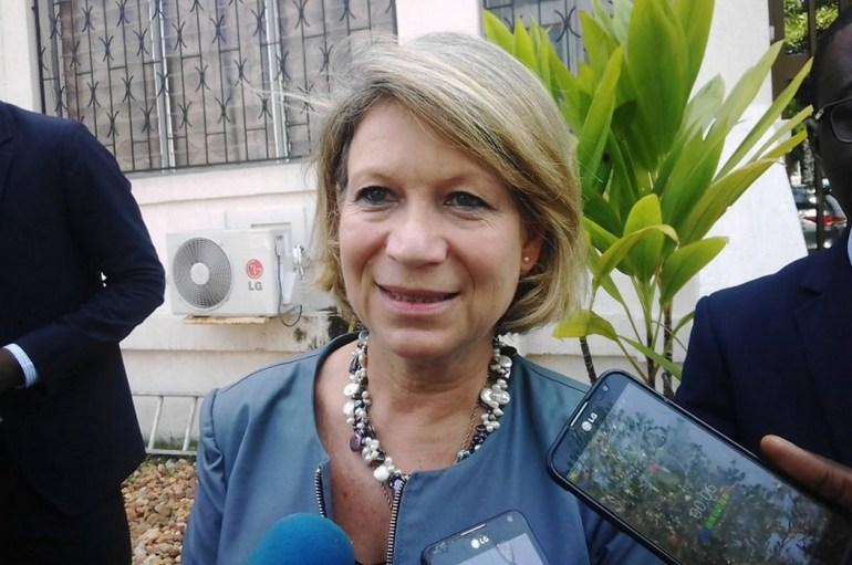 Cristina Martins Barreira s'enquiert du fonctionnement de la CENI