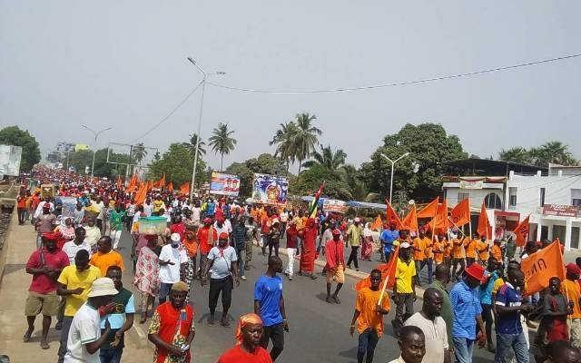 Togo, 13 janvier 2018 : Plus déterminés que jamais, des centaines de milliers de Togolais dans les rues contre le régime Faure/ RPT-UNIR !