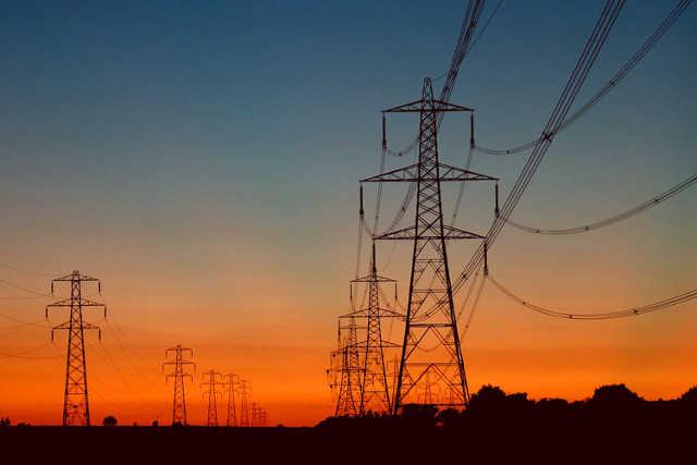 Togo : Nouvelle stratégie d'électrification et Évaluation des besoins : 1000 milliards FCFA pour quelles capacités énergétiques ?