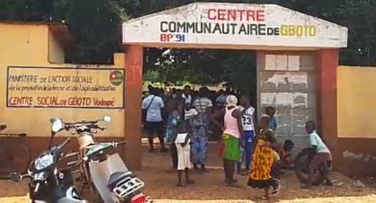 ABM DEUTSCHLAND, CODITOGO et l'ONG VHEG offrent une bonne rentrée scolaire aux élèves à Gboto                                                                             26 septembre 2018