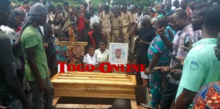 Le martyr ZOUMEKEY Kokou Joseph enterré ce 29 septembre 2018                                                                             29 septembre 2018