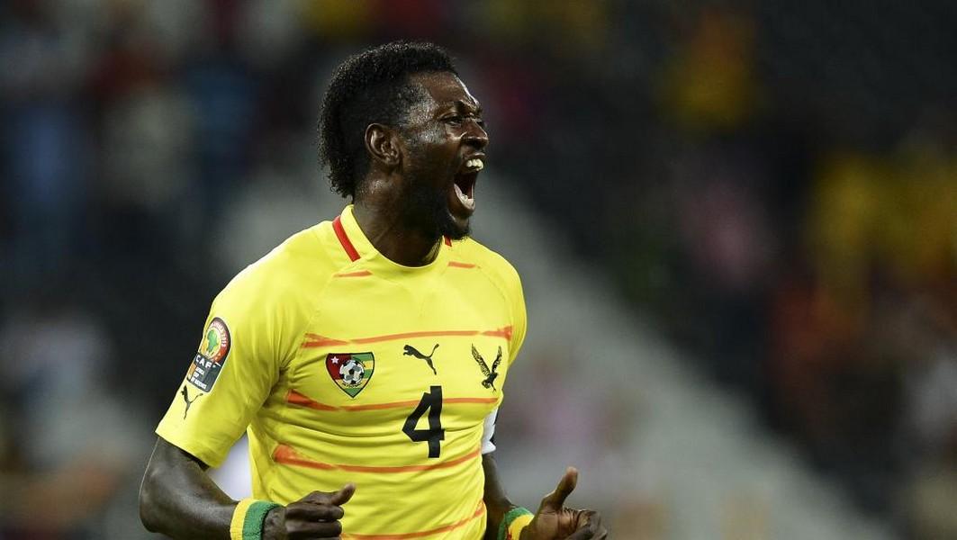 Football Togo / Qu'est-ce qui explique le retour d'Emmanuel Adebayor sur la pelouse « pourrie » ?