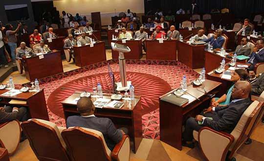 Face à face Coalition des 14 et RPT/UNIR en Guinée                                                                             4 novembre 2018