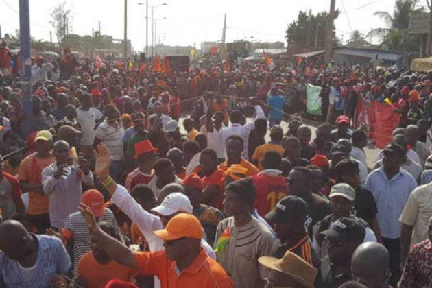Togo. 1er jour de Manifs réussi : Des Togolais Massivement dans les Rues du pays à l'appel de la C14