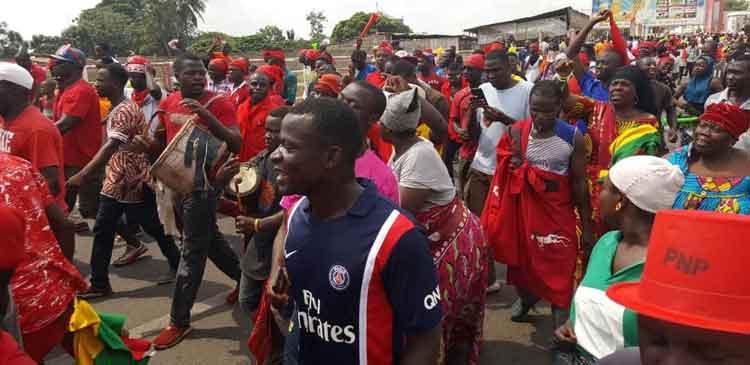 Deuxième jour de manifestations au Togo, Be-Gakpoto se remplit…                                                                             1 décembre 2018