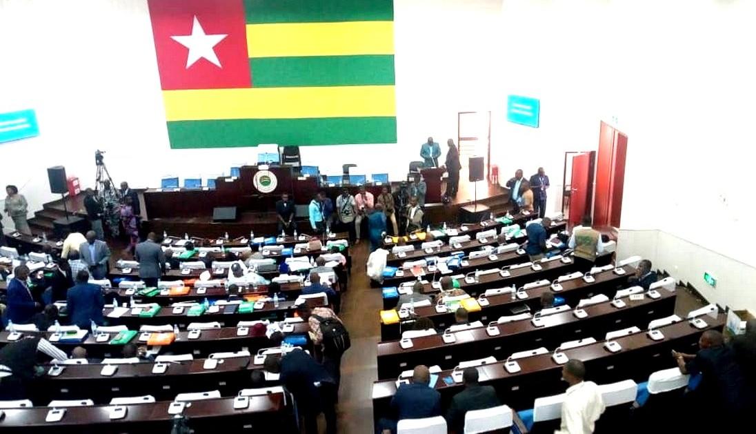 Président du nouveau parlement togolais : Toujours en attente de la fumée blanche…