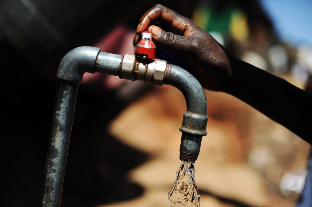 Pénurie d'eau / Des populations de Kara contraintes de s'abreuver dans le fleuve Kara