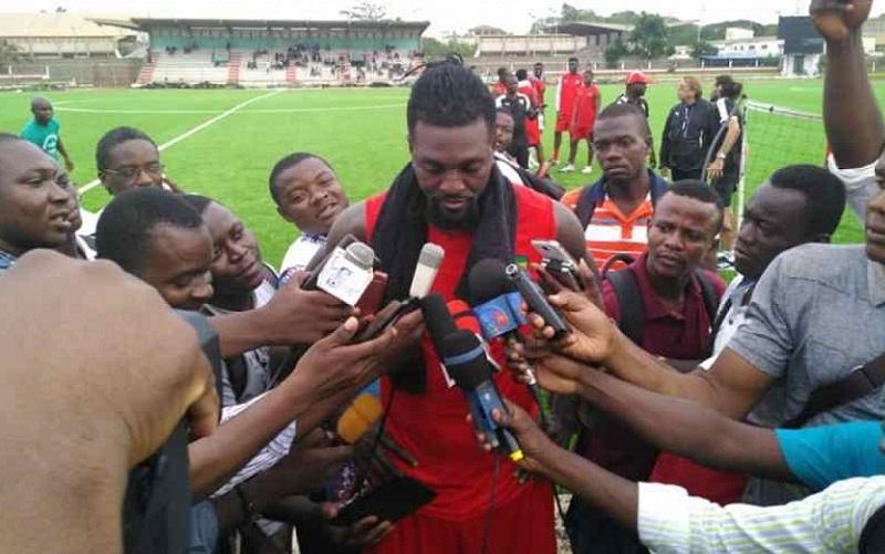 Le dernier match d'Emmanuel Adebayor avec les Eperviers ce dimanche