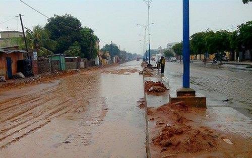 Ces routes qui sont à l'image de chantiers exécutés sans sérieux