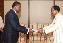 Le Chef de l'État a reçu les lettres de créance des ambassadeurs d'Espagne et du Burkina Faso