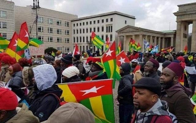 Réformes constitutionnelles taillées sur mesure : Le régime se fiche de la diaspora