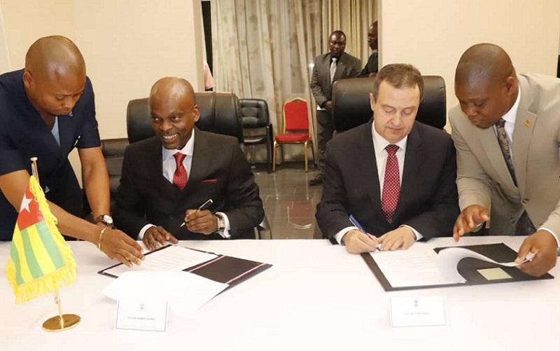 Prof Robert Dussey et Ivica DACIC ont eu  une séance de travail à Lomé