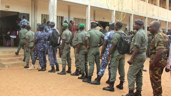 Locales : dernier jour de campagne, les forces de sécurité votent par anticipation
