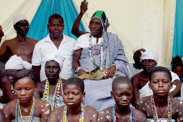 Togo / Tado, Fêtes traditionnelles : Togbui Agni entre Politisation, Division et Abandon de la Cité.