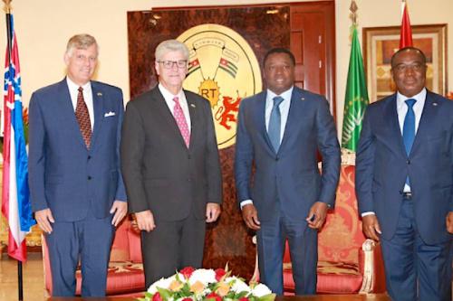 En visite de travail, le gouverneur de l'Etat du Mississippi s'informe sur la vision de développement du Togo