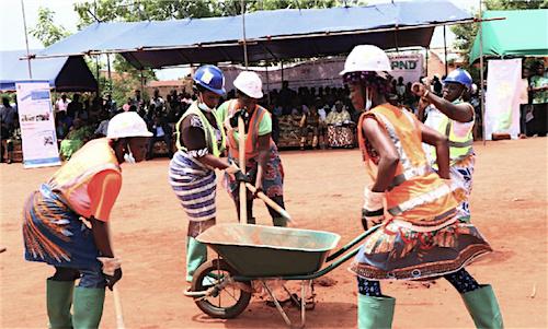Plus de 5000 jeunes vulnérables, employés dans 73 villages du Togo grâce au projet EJV