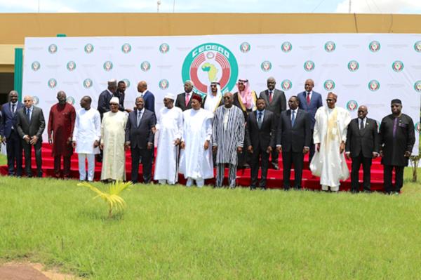 4914 in anti terrorisme ouagadougou le chef de letat plaide pour une approche communautaire et concerte ocb