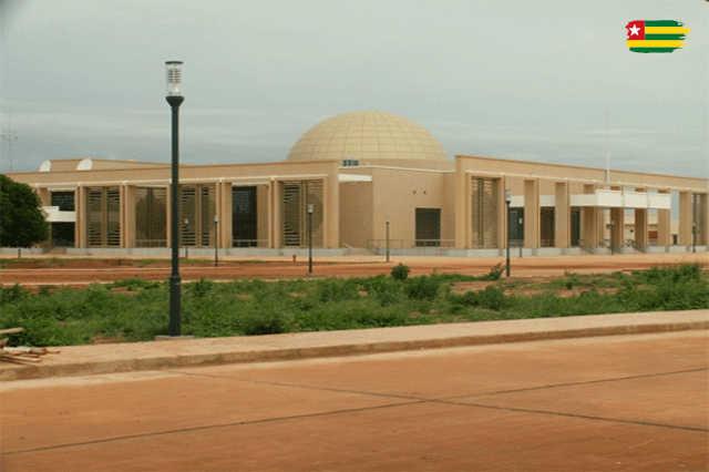 Présidence de la République du Togo : Nid de Détourneurs et Falsificateurs ?