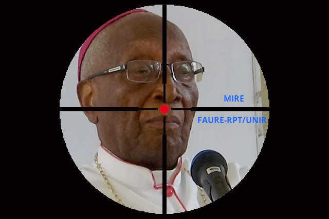 Togo : Mgr Kpodzro dans le collimateur du pouvoir