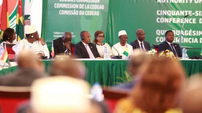 A Abuja, le Chef de l'Etat plaide à nouveau pour une coopération internationale dans la lutte contre le terrorisme