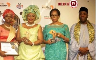 Me Kadjaka-Abougnima, lauréate de Tam-Tam d'Afrique Awards à Cotonou