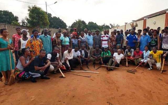 La Mairie d'Agoé-Nyivé 3 rend propre le CMS d'Elavagnon