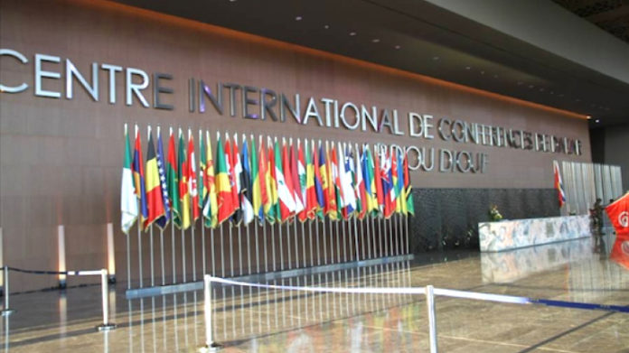 Le Chef de l'Etat à Dakar pour une conférence internationale sur le développement durable et la dette soutenable