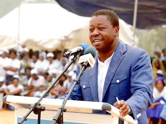 Faure Gnassingbé annonce la gratuité des actes de naissance et la suppression des frais d'inscription aux examens scolaires