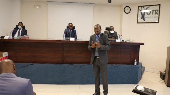 Coronavirus : institutions, officiels, diplomates, tous se mobilisent et sensibilisent