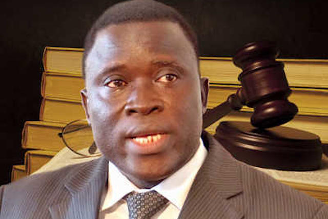 Le procureur de la république Blaise Essolizam Poyodi | Infog : 27avril.com