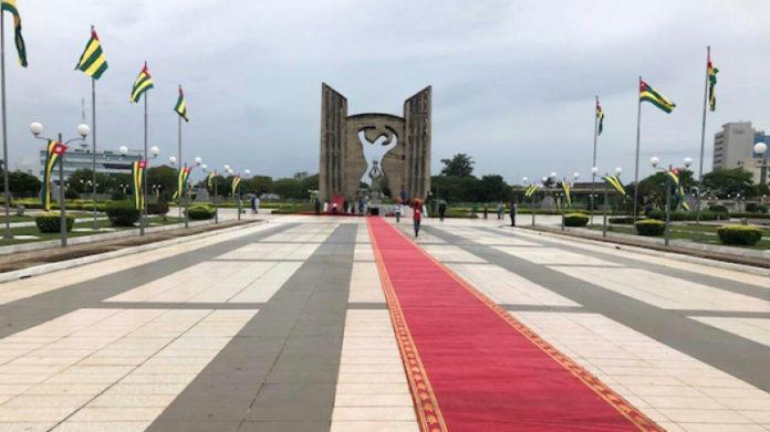 Le Togo se pare aux couleurs de l'indépendance