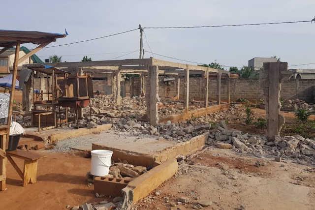 Maisons détruites route lome-kpalime togo