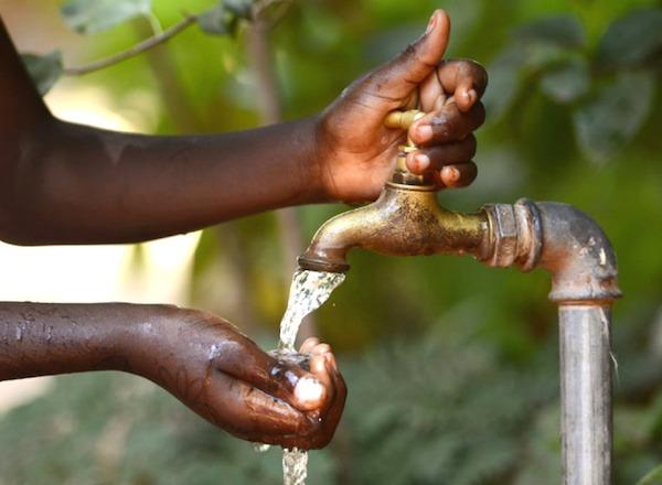 Les mesures sociales concernant l'eau, prolongées en août