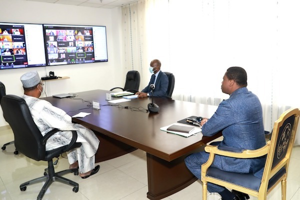 Le Chef de l'Etat prend part au sommet extraordinaire de la Cedeao sur le Mali