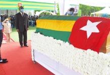La nation rend hommage à Arouna Batienne Kpabré-Sylli