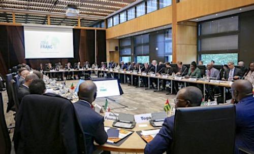 Un sommet sur le financement des économies africaines annoncé à Paris en 2021