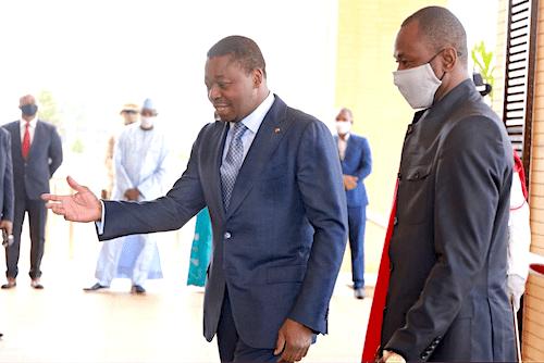 39296 vice prsident de la transition malienne en visite de travail lom ocb