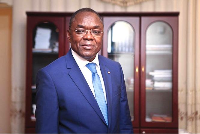 Décentralisation : des élections régionales auront lieu en 2021