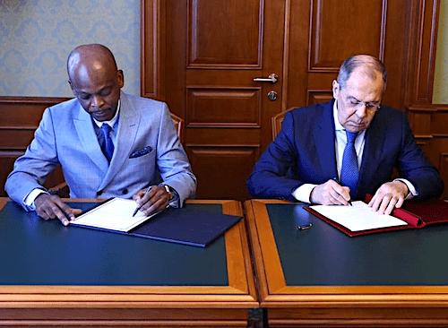 42579 le togo et la russie signent un accord dexemption de visa diplomatique et approfondissent leurs relations